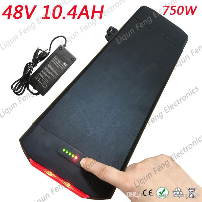 미국 EU 무료 세금 고품질 18650 셀 750W 48V 10AH E 자전거 후면 랙 배터리 팩 BMS 2A 충전기가 장착 된 48V 10Ah 리튬 배터리.