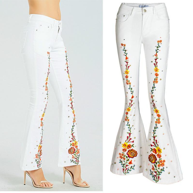 Jeans femininos 2021 namorado para mulheres roupas plus size mulher magro calças de alargamento macio bordado algodão branco