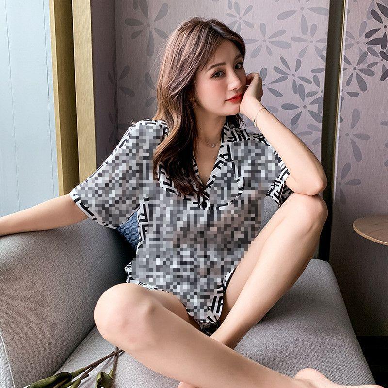 INS Stil Kadınlar Pijama Takımı Retro Harf Baskılı Lady Buz İpek pijamalar Doğum Hediye Kız Güzel gecelikler Giyim