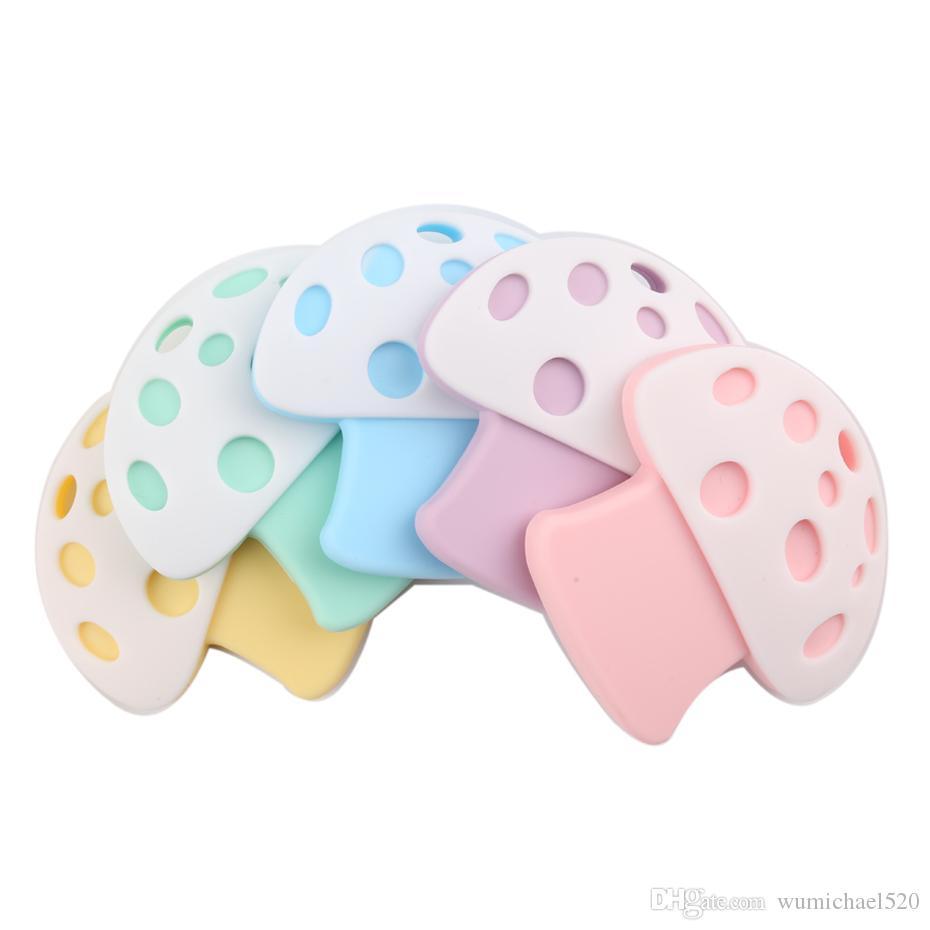 2019 Approvato dalla FDA BPA Silicone libero Nuovo arrivo BPA gratuito Baby morbido Massaggiagengive Silicone Cartone animato Fungo Giocattoli dentizione per catena per bambini