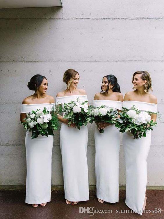 Moderno blanco 2021 Vestidos de dama de honor largos fuera del hombro con mangas cortas satinadas de invitados de invitados de invitados de la noche de la noche de la noche.
