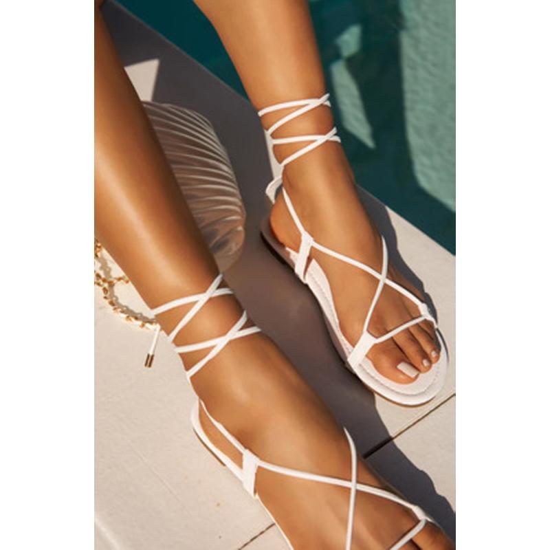 Damen Sommer-neue Sandalen flache Ferse öffnen Zehe-2020 Mode-Kreuz-Bügel Damenschuhe bequeme flache Bottom Plus Size 34-43