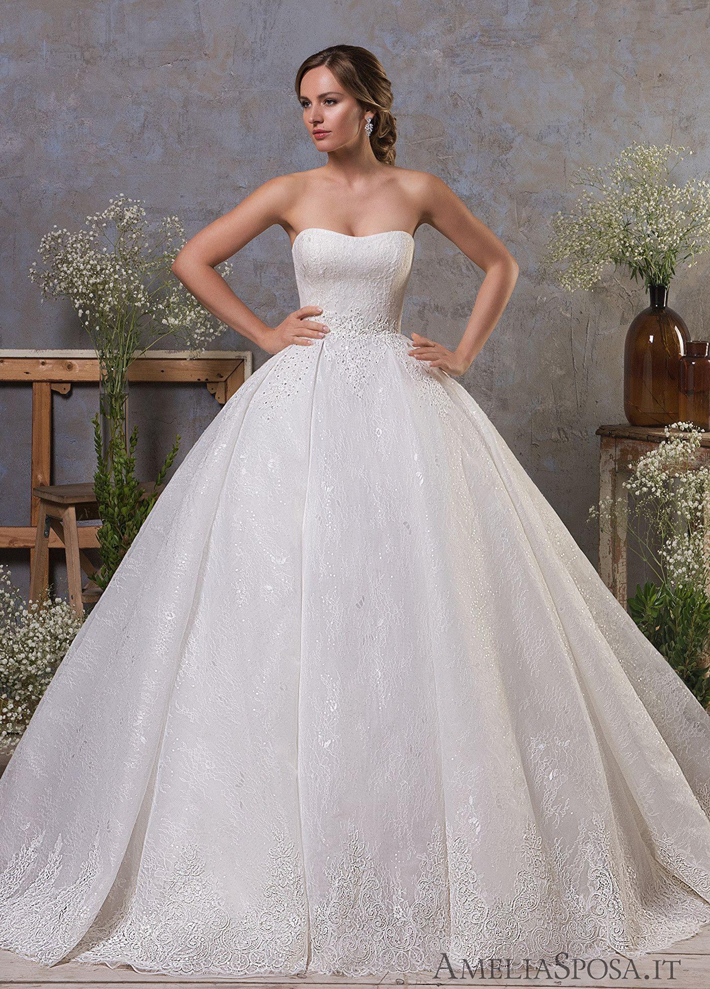 Elegant Lace Wedding Dresses 2019 Princess Off the Shoulder Bridal Gowns Ball Gown Vintage Formal Dress for Bride Zipper Back with Button