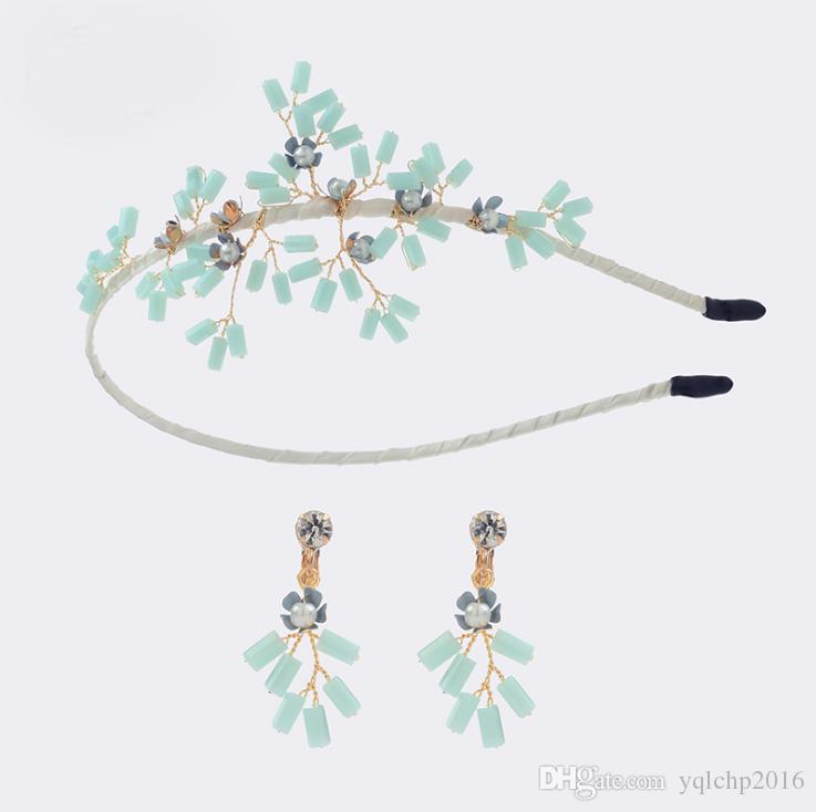 Two sets of crown Earrings manufactured by hand in wholesale
