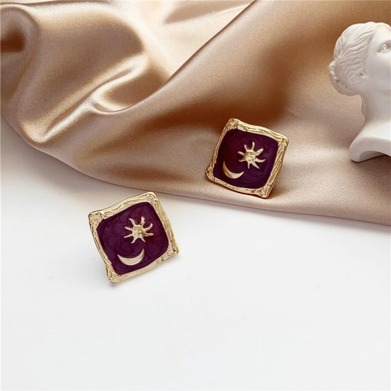 Silver Needle Süßer Stern-Mond-Korea New Temperament einfache Retro- Bolzen-Ohrringe für Frauen Modeschmuck Accessoires