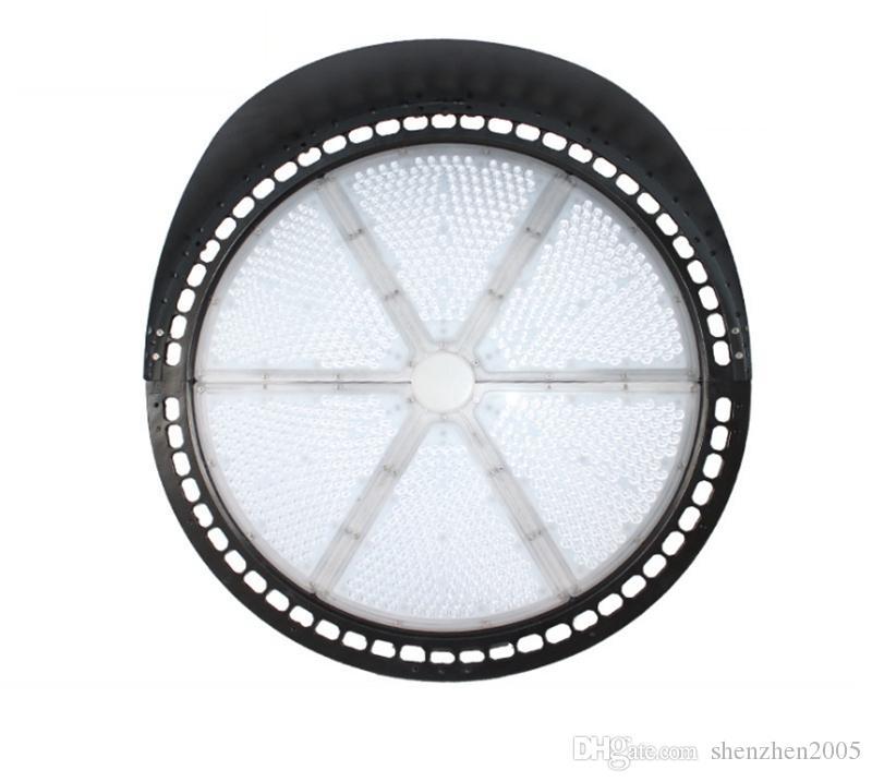 67000 LED Lumen Zone lumière 500 Watt LED Sport Super léger Efficacité 140 Lumen Watt 5000K Blanc brillant 30 degrés Stade Ligh