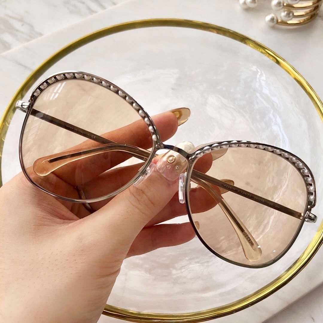 quadro 4246H redonda óculos de sol ouro lentes transparentes Óculos de pérolas Moda óculos de sol Shades novo com caixa
