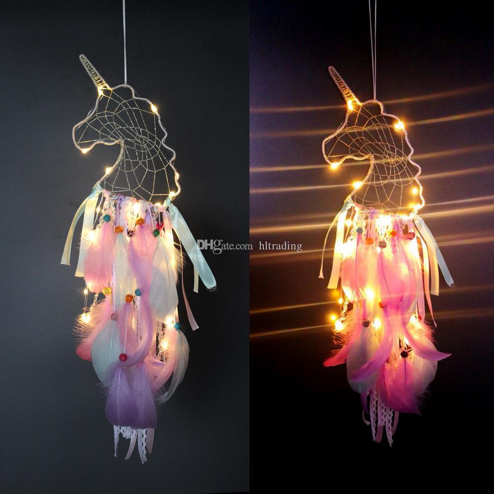 4 Farben-LED-Wind Chimes Einhorn Handgemachte Traumfänger Feder Anhänger Traumfänger Kreative hängende Craft Merk Geschenk Home Decoration C6756