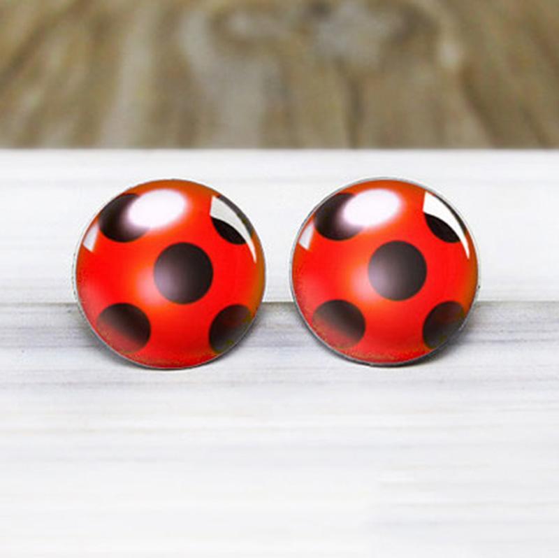selección premium 89be2 66b14 Compre Nuevo 2018 Miraculous Ladybug Stud Pendientes Joyería De Las Mujeres  Hipoalergénico Nickel Silver Earrings A $11.76 Del Outlet10 | DHgate.Com
