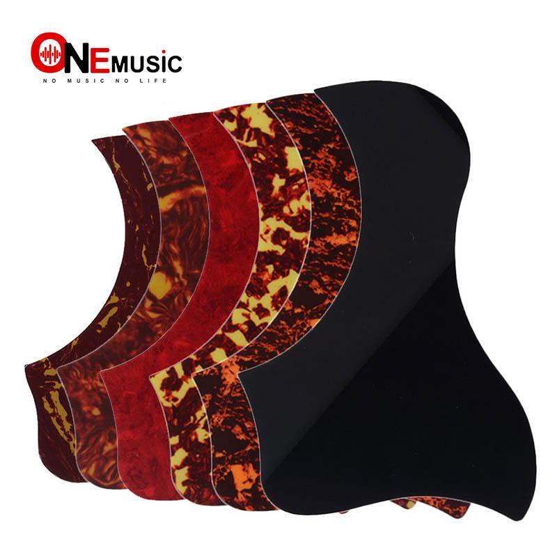 10PCS / lot Akustikgitarre Schlagbrett-Auswahl-Schutz-Aufkleber Comma Stil Viele Farben erhältlich