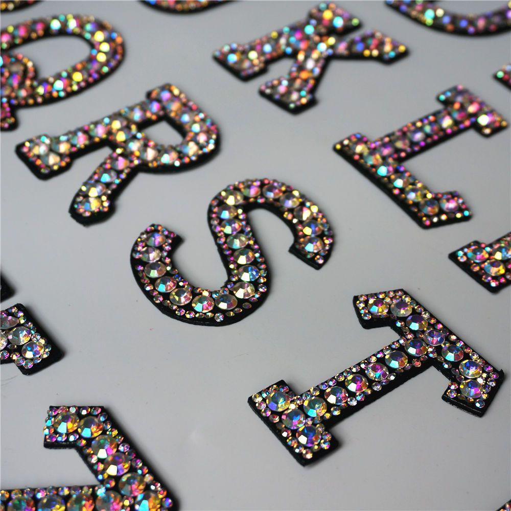 A-Z Rhinestone İngilizce Alfabe Mektup Aplike 3D Demir On Demir On Yama Giyim Çanta Ayakkabı Için Giyim Rozeti Yapıştır