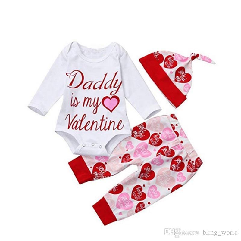 Saint Valentin Tenues Papa est Mon Valentin Imprimé Bébé Barboteuses Chapeau Pantalon 3 PCS Ensembles Rouge Coeur Filles Vêtements Ensembles Vêtements Enfants YW2177