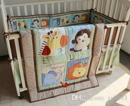 Wholesale 7Pcs Baby crib bed Cotton Baby bed linens for infant baby boy Crib bedding set Embroidery animals including Quilt Bumper Mattress