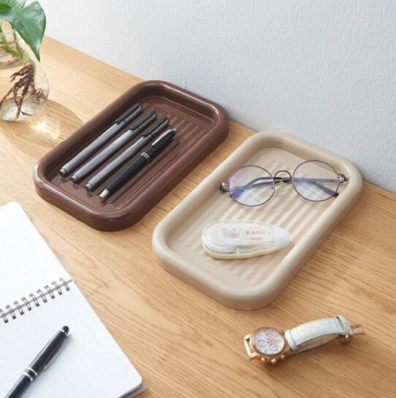 Nova caixa de maquiagem da bandeja de canetas estudo bandeja de armazenamento de acabamento de mesa bandeja de papelaria caneta de plástico sólido criativo caso caneta de cor-coreano
