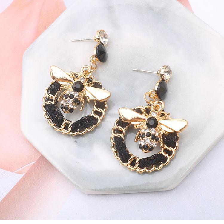2020 Corea Dongdaemun Nueva moda Rhinestone Bee Círculo Geométrico Tejidos Pendientes de gota Pendientes largos para las mujeres