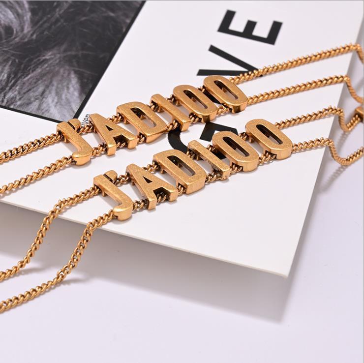 Lettre double personnalité de la chaîne légère couche tempérament de luxe Collier Bracelet