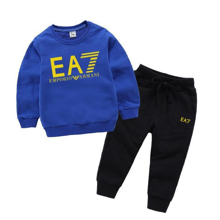 جديد مصمم العلامات التجارية الطفل الخريف مجموعة ملابس الاطفال فتاة فتى طويل الأكمام هوديي الأعلى + سروال 2 قطعة بذلات أزياء رياضية تتسابق 1-8T