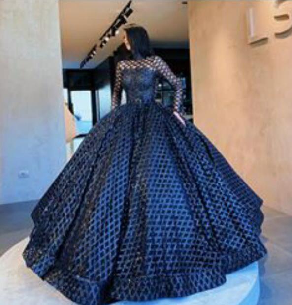 Nouveau printemps 2020 robe de soirée Yousef aljasmi robe noire à manches longues en dentelle boule longue robe haut cou