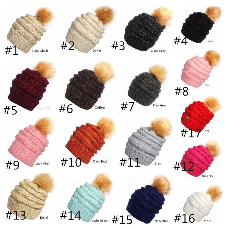 바이저 컵 Beanies 니트 모자 모자를 쓰고 여자 겨울 가을 따뜻한 소프트 스포츠 모자를 짜다 성인 Beanies 여자 스키 모자 17 색상