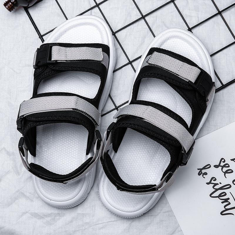 Neueste Markendesigner Slippers Mann Frauen Lovers Freizeitschuhe Hausschuhe Strand Sandalen Outdoor-Strand Pantoffeln Hip-Hop-Straße Sandalen Flip-Flops