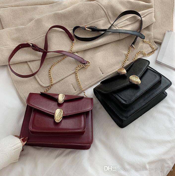 Factory wholesale women handbag new multifunctional leather shoulder bag retro snake lock chain bag simple atmospheric leather Messenger bag