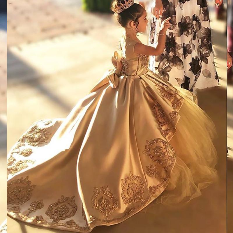Yüksek Kalite İlk Communion Elbiseler Çocuklar Akşam Balo Altın Aplike Yay Kızlar Pageant Elbise Saten Tül Çiçek Kız Elbise