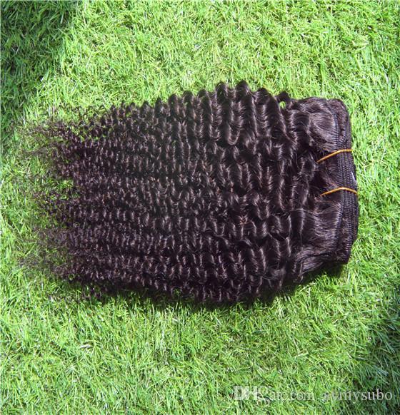 Naturfarbe brasilianisches lockiges Haar bündelt 100% gewebtes menschliches Haar 10-30 Zoll unverarbeitete Jungfrau-Haar-Verlängerungen