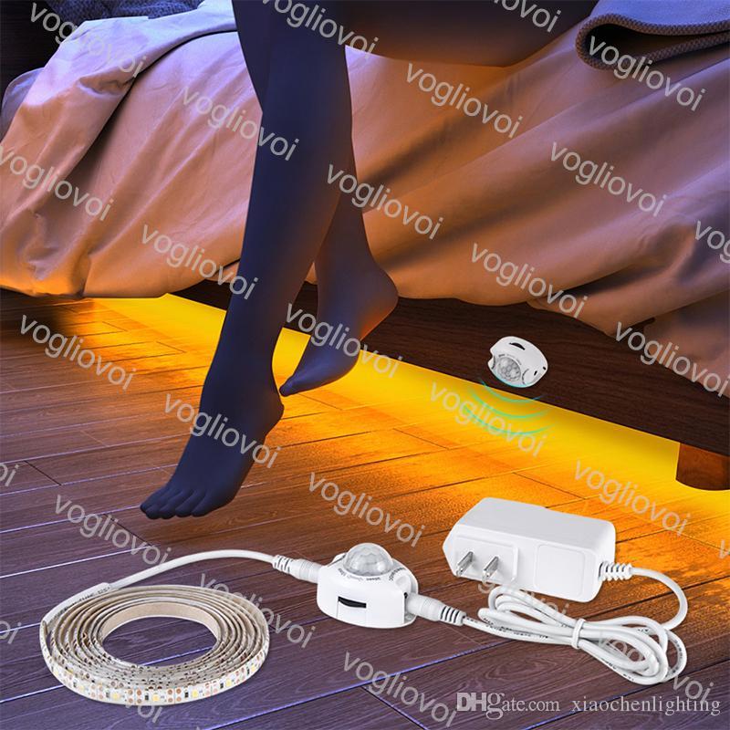 Sensor de movimiento LED Strips AC110-240V SMD2835 Adaptador EU EU EUEM Conecte impermeable Iluminación de vacaciones a prueba de vacaciones para Barra de dormitorio KTV Tabla de TV Fondo EUB