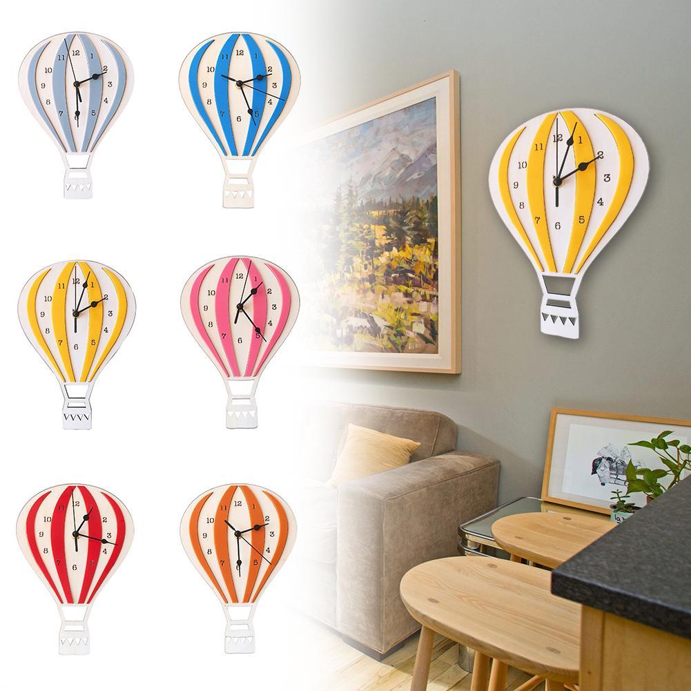 북유럽 스타일 뜨거운 공기 풍선 모양 쉬운 나무 어린이 침실 학교 공예 벽 시계 사무실 거실 배터리 구동를 설치하십시오