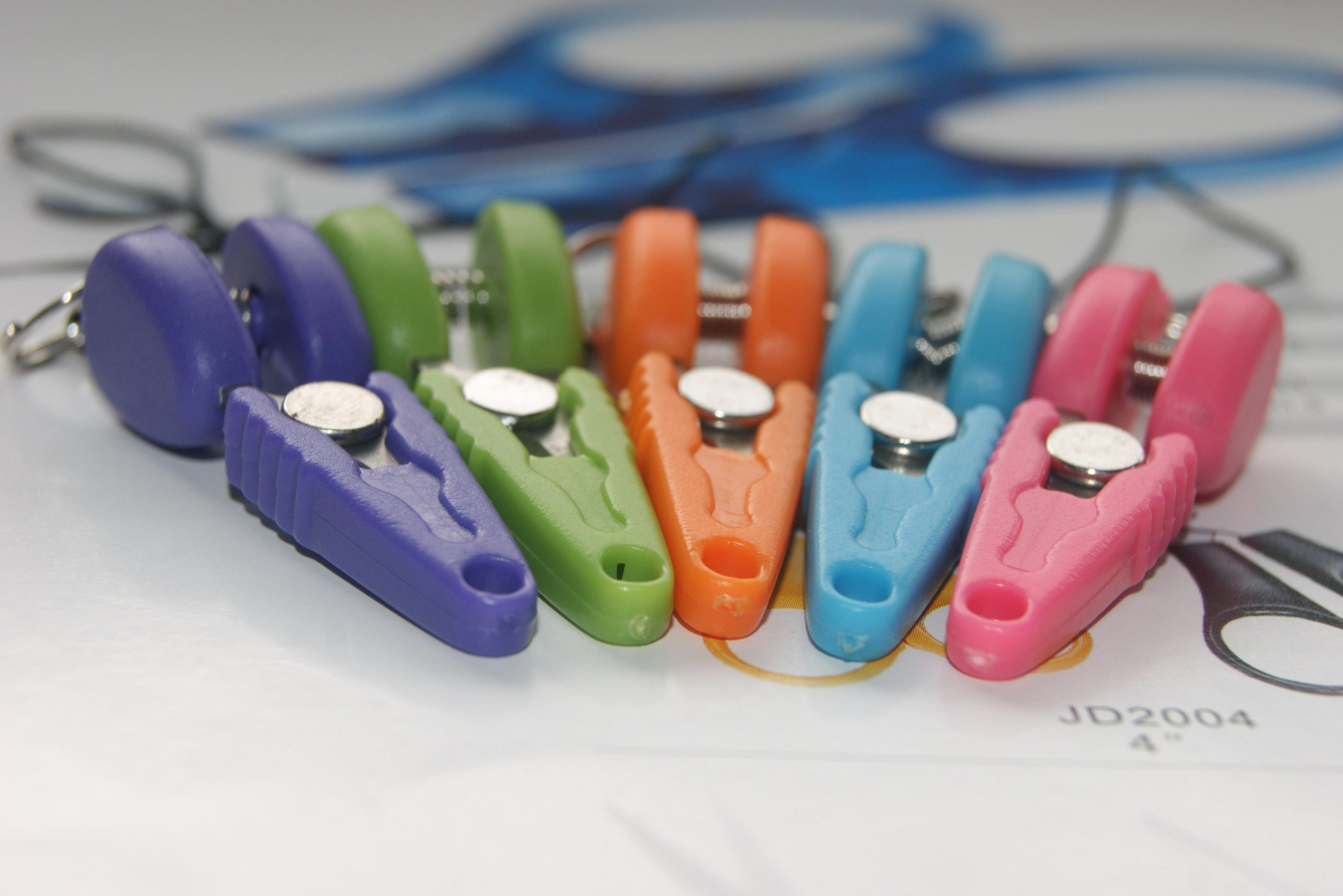 Многоцветная Бесплатная доставка Мини ножницы сотовый телефон ремешок Шарм Маленькие ножницы брелок Высокое качество