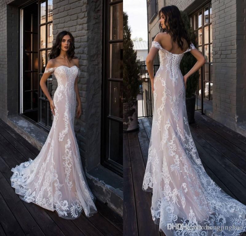 Sexy Champange Lace 2019 Summer Mermaid Wedding Dress Back Lace-Up Bridal Gown Floor Length Sleeveless Custom Made