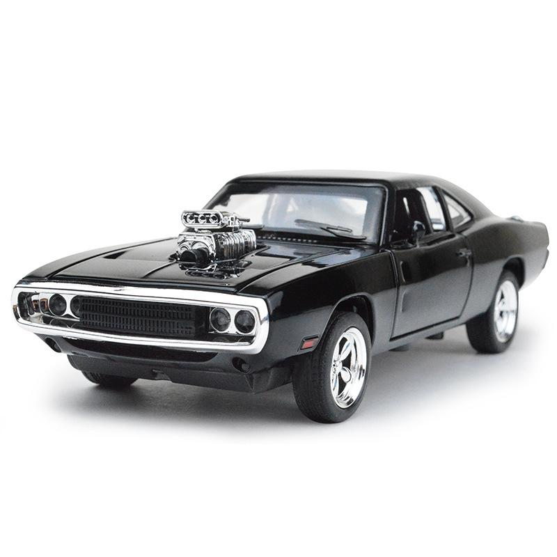Wholesale New 1:32 Dodge War Horses Model Alloy Car Model Sound And Light Warrior 4-Door Opening CHILDREN'S Toy Car