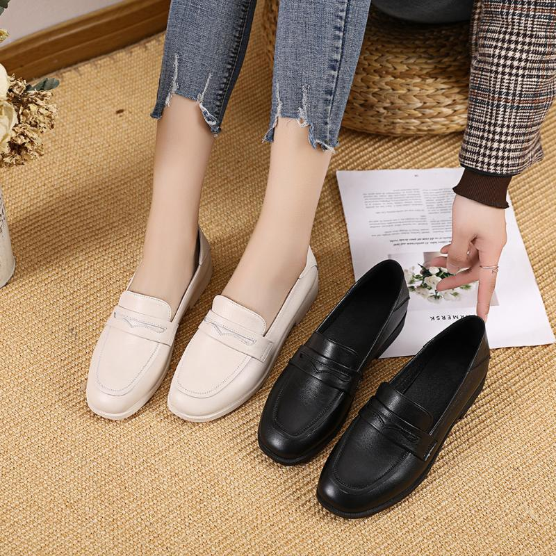 Leather shoes women's new spring and autumn British wind flat mouth leather soft bottom round head fashion wild comfortable comf