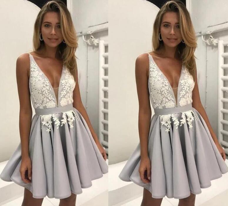 2019 Luce Lavanda A-Line brevi Abiti da sposa sexy scollo a V in rilievo 3D in pizzo floreale di laurea cocktail abito abiti da ballo sauditi economici chic