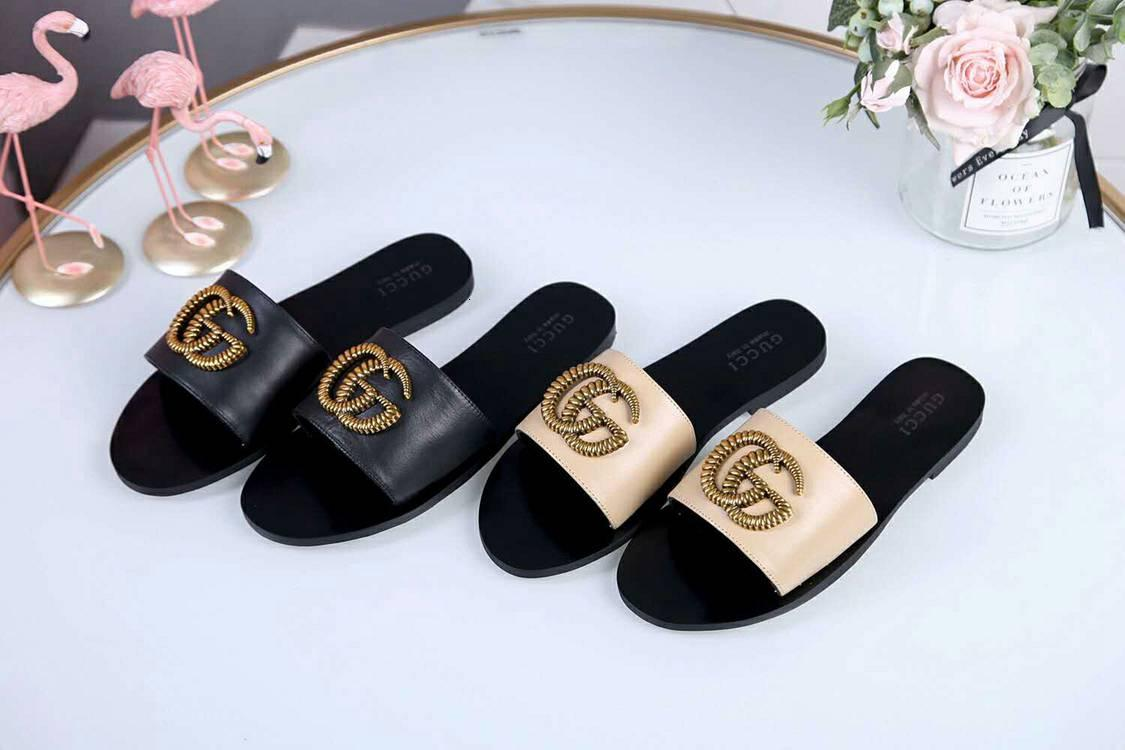 2019 Fashion Women's Casual Slippers Leather Wedges Open Toe Shoes Beach Ladies Slippers Platform Plus Size Beach Sandals 110601
