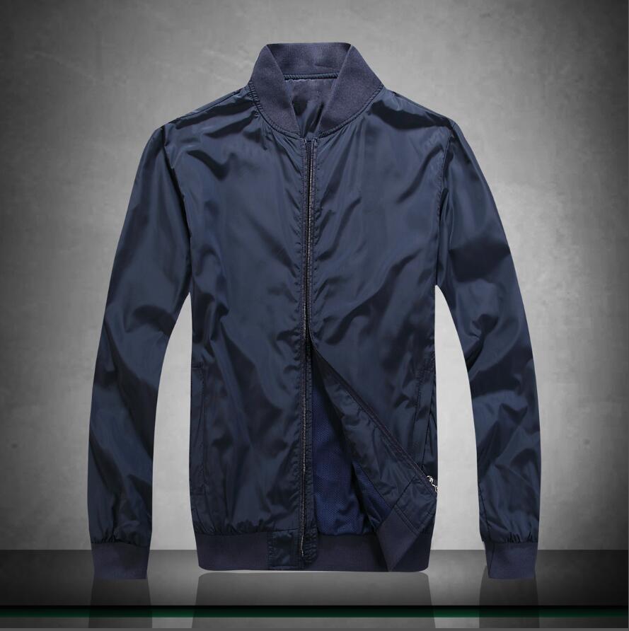 2020 New PB22583 Bomber Jacket Casual solide hommes Vêtements d'extérieur Printemps Automne Vêtements de sport Vestes Hommes Homme Manteaux