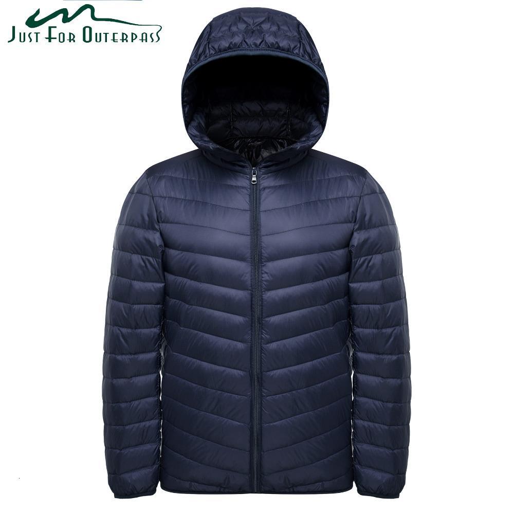 2019 2019 New Fashion Ultra Light Down Jacket Men Spring Autumn Hooded Waterproof Down Jackets Male Casual Winter Warm Down Coat CJ191128 From Quan04,