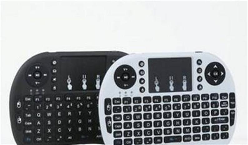 Bewegliche mini drahtlose Tastatur i8 2.4GHz Tastatur Fernbedienung Berührungsfläche für Android Box TV 3D Spiel Tablet
