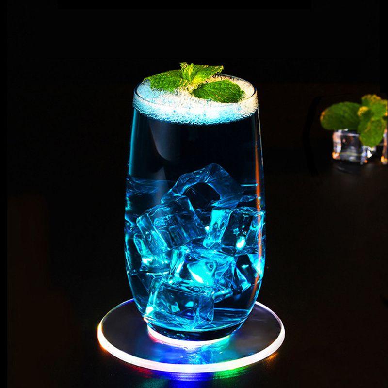 Bar Coasters Coaster Fincan Mat Akrilik Ultra-ince LED Coaster Yuvarlak Şekil Aydınlık Kokteyl İçecek Bardak Ev Parti Kulübü Bar Kaynağı