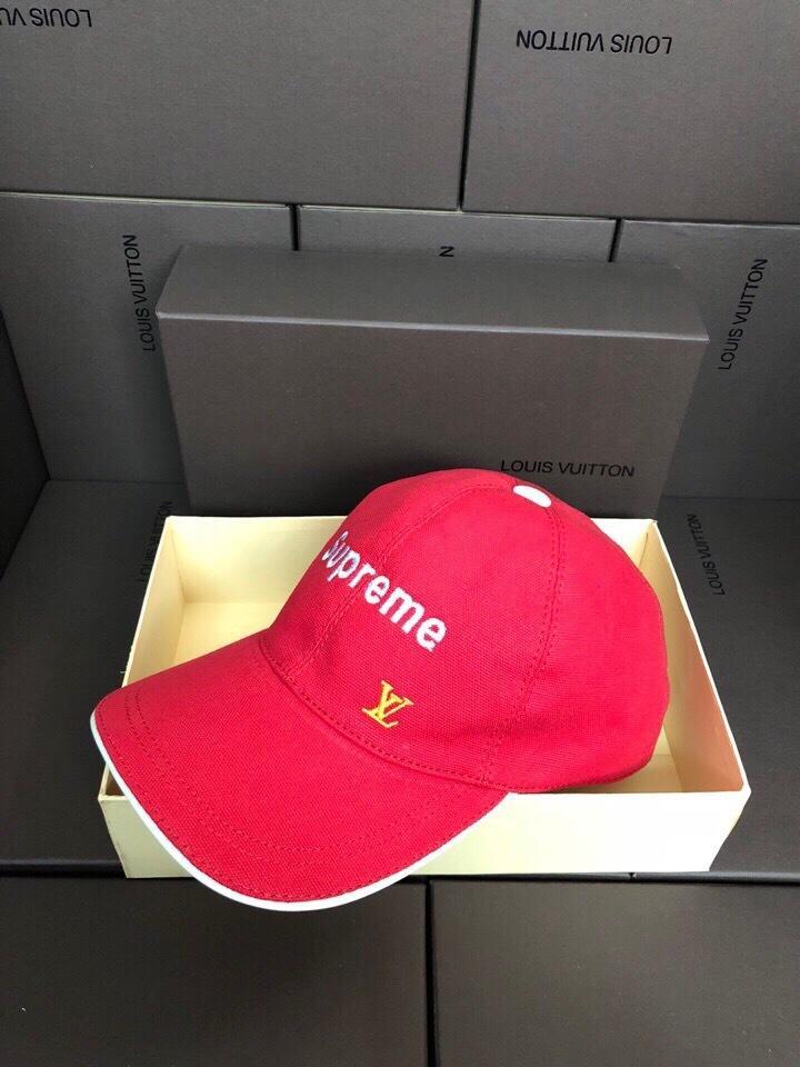 Top-Qualität Promi Design Mann Frau Golf Kappe Mode Brief Stickerei Leinwand Ball-Kappen Graffiti Baseball-Kappen mit Kasten MP2481 rot