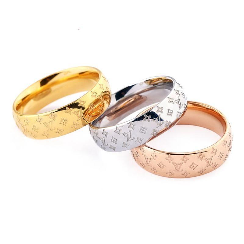 Logo classique Design Pattern Couple Bague mode européenne chaud Vente Créatrice de bijoux de haute qualité en titane unisexe anneau de mariage