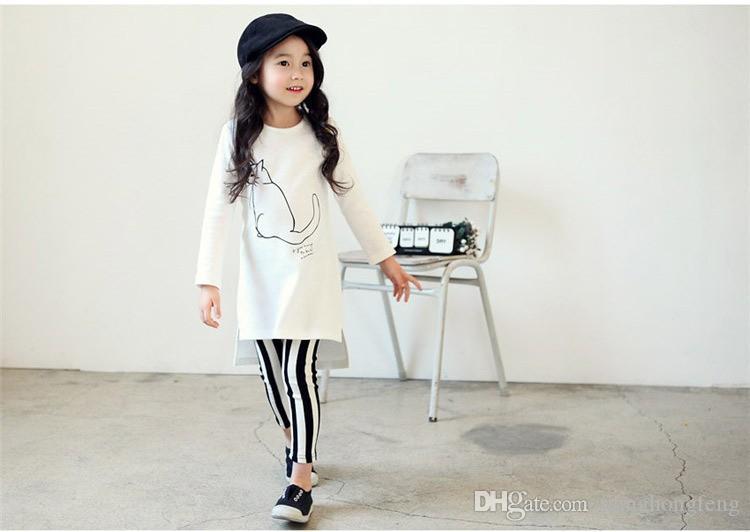Set di vestiti per ragazze Set di abbigliamento per bambini in capretto Camicia bianca per gatti Pantaloni lunghi a righe Abbigliamento per bambini Set di vestiti per bambini