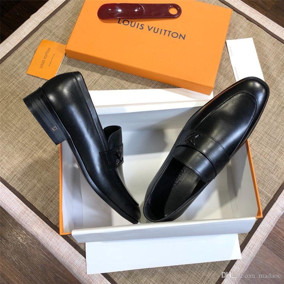 iduzi с коробкой модой дизайн мужской обуви мокасины черный красным шипом лакированной кожей скольжение на подвенечном платье Flats днищ обуви для бизнеса партии