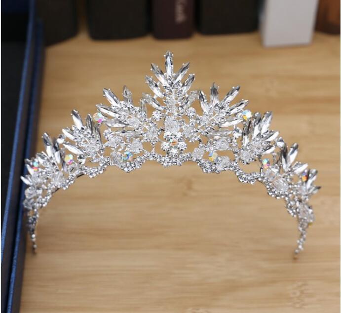 2020 más nuevo Crystal tiaras y coronas de pelo de la boda accesorios nupciales de la corona tiaras de la boda para las novias Adornos de pelo