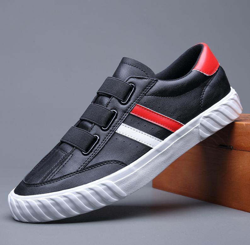 Primavera 2020 sapatos novos homens couro moda sapatos casuais sapatos tendência homem de couro fresco mocassins