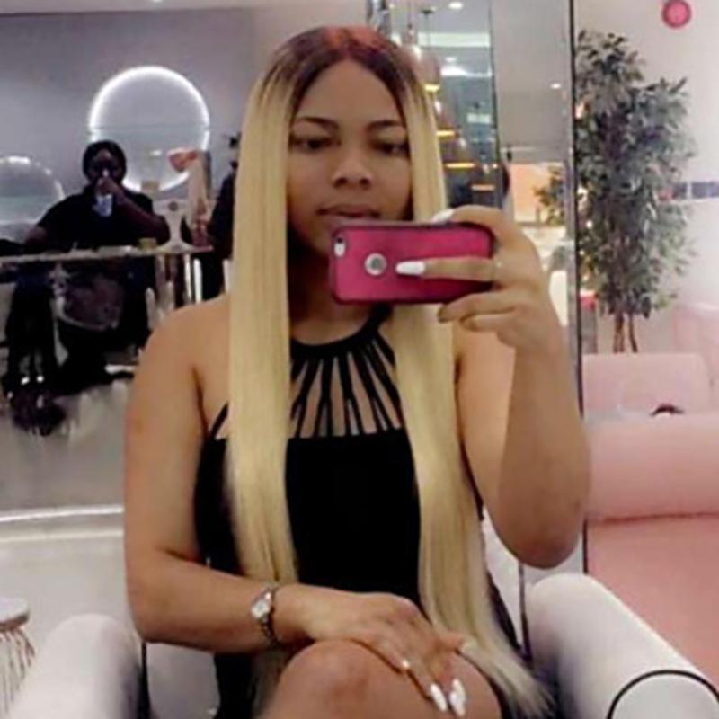 Roots Brown cosplay perruque Ombre blonds perruques droites avec Middle partie 22-26 pouces avant de dentelle synthétique résistant à la chaleur des perruques pour les femmes noires