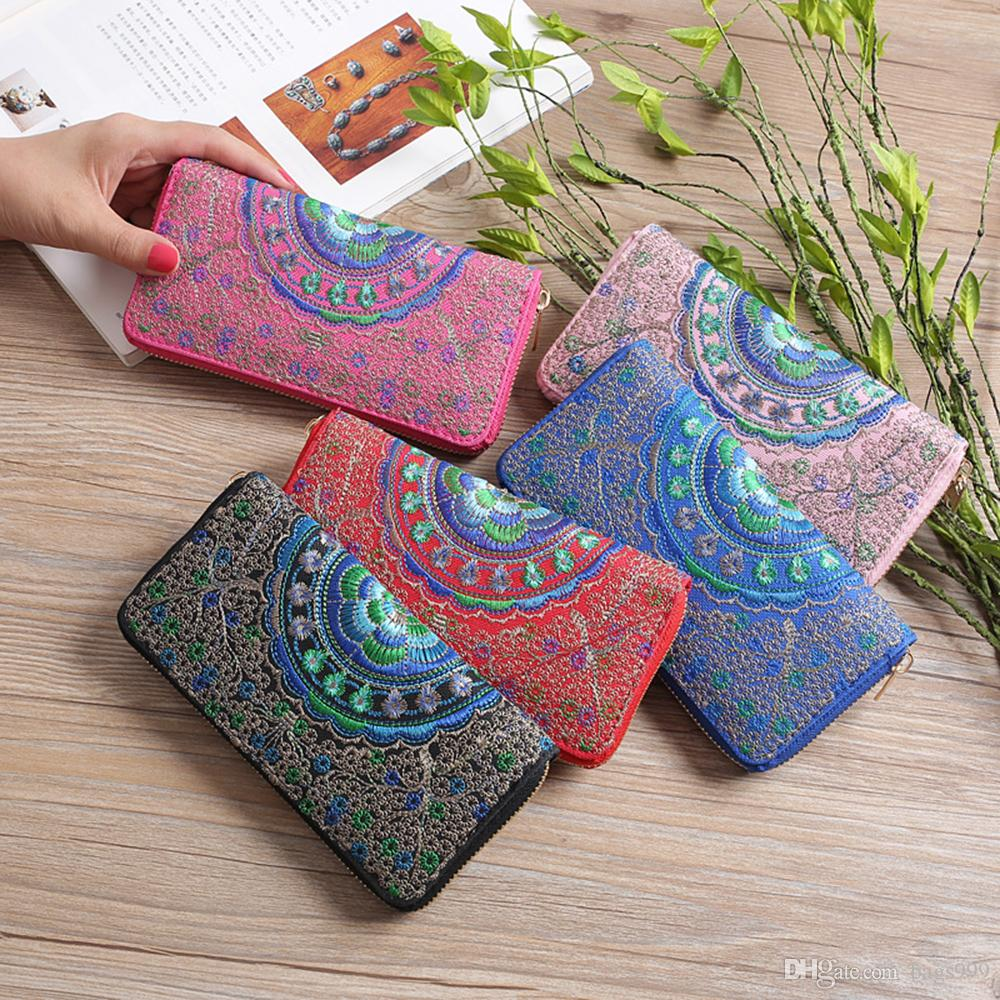 Women Embroidered Floral Clutches PU Leather Zipper Purses Cell Phone Pocket Card Wallet Coin Pouches Ladies Handbag Wristlets