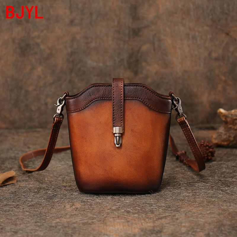 Nouveau cuir vintage Sac Messenger femmes Retro Mini sac à bandoulière original à la main des sacs de crossbody femelle petit seau en cuir