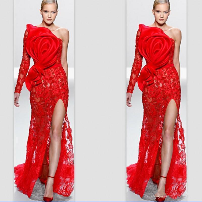 Zuhair Murad 2020 Abendkleider eine Schulter-Spitze-lange Hülsen Big handgemachte Blumen-arabische Dubai formale Abschlussball-Kleid-Seiten-Schlitz-Berühmtheits-Kleid