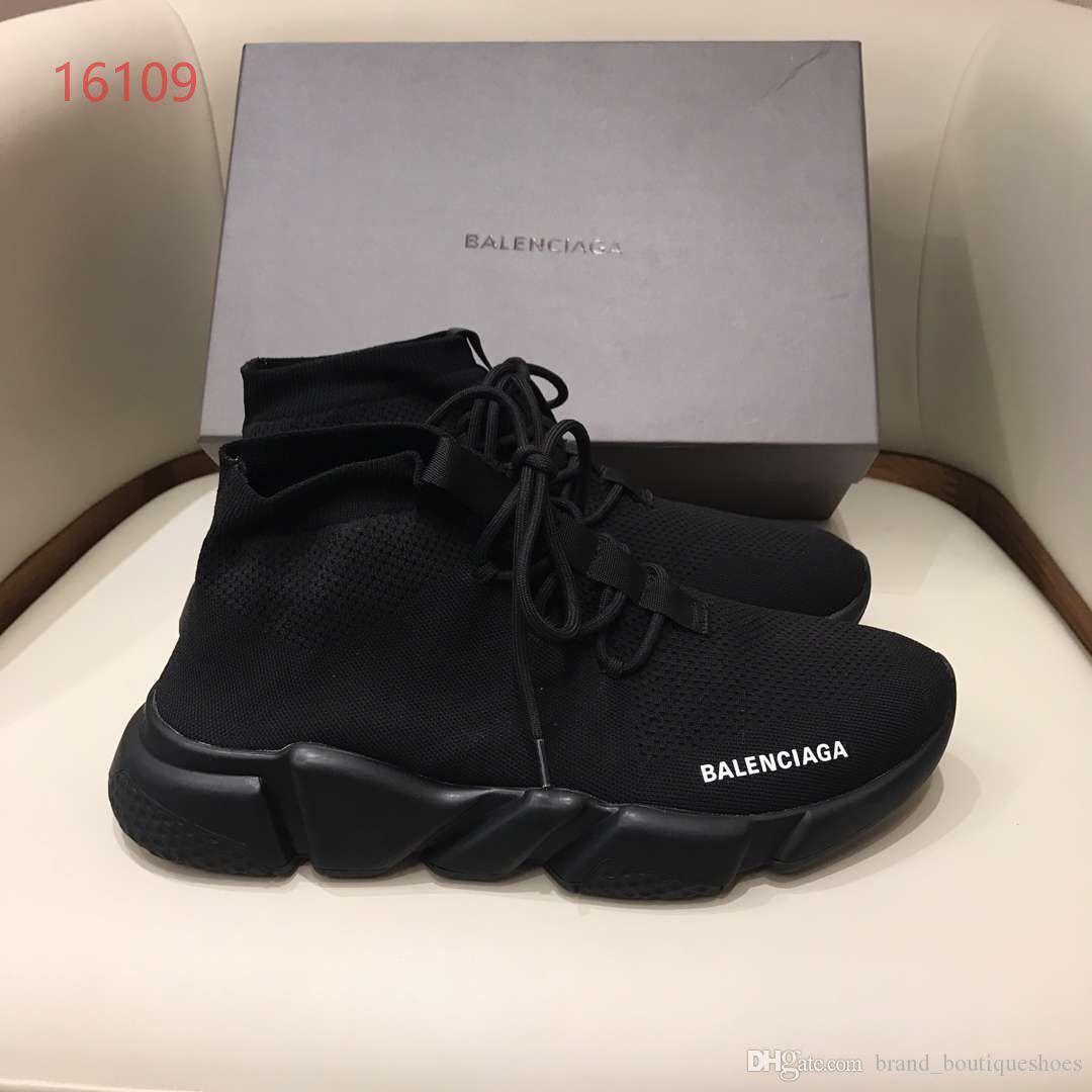 Luxusschuhe atmungsaktive Stretch-Socken Schuhe Männer Frauen beiläufige Spitze-oben Turnschuhe Sportsocken Stiefel ganze schwarze Withe weißen Buchstaben